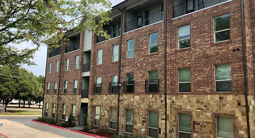 404 Industrial Park - Denton Apartment Rentals