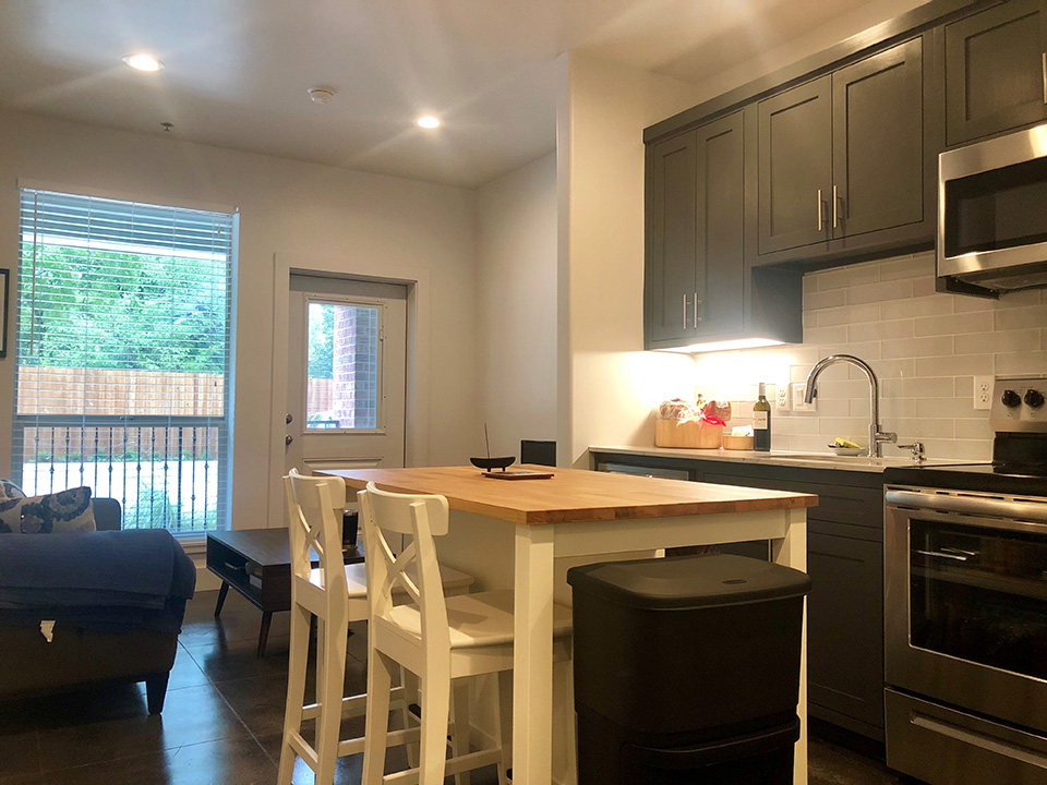 Studio Apartment Kitchen - Denton, Texas